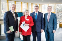 Dr. Gauden Galea, Helga Kühn-Mengel MdB, Staatssekretär Lutz Stroppe und Prof. Dr. Michael Roden
