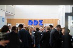 Mittagspause im Foyer des Deutschen Diabetes-Zentrums