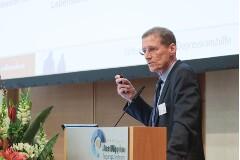 Prof. Dr. Ulrich Hegerl, Klinik und Poliklinik für Psychiatrie und Psychotherapie der Universität Leipzig